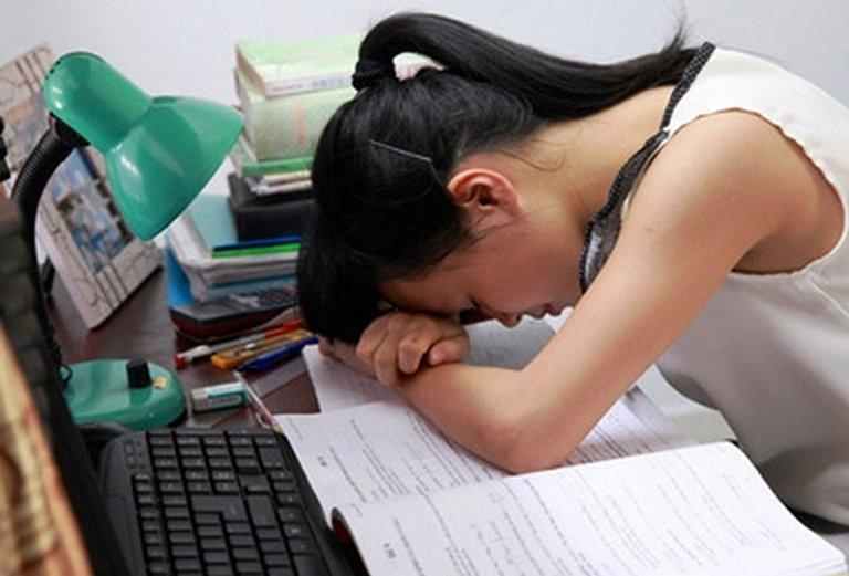 Viêm xoang ảnh hưởng rất lớn đến sinh hoạt và học tập của Huyền