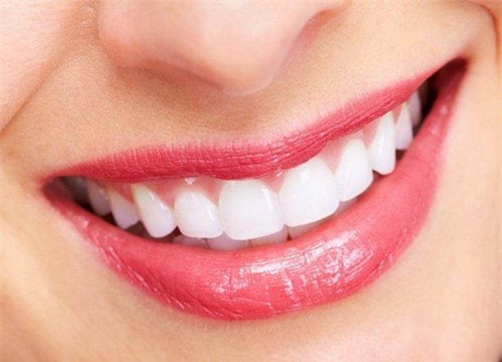 Nên kiểm tra sức khỏe răng miệng thường xuyên