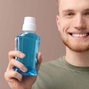 Lưu ý tìm hiểu kỹ trước khi lựa chọn nước súc miệng trị viêm lợi