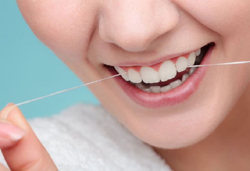 Sau khi nhổ răng cần chú ý vệ sinh răng miệng và chế độ ăn uống