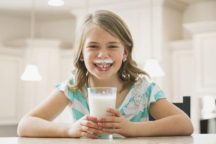 Sữa tăng chiều cao cho trẻ trên 10 tuổi đáp ứng được nhu cầu dưỡng chất cho các bé