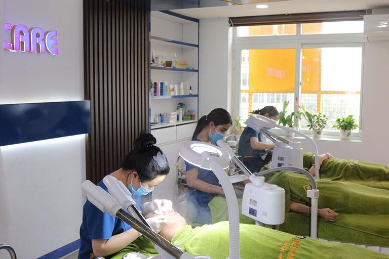 Viện Da liễu Hà Nội - Sài Gòn áp dụng nhiều dịch vụ để hỗ trợ quá trình trị mụn nhanh chóng hơn