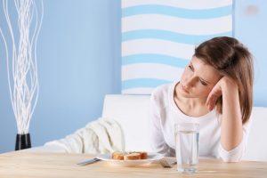 Bị tiêu chảy nên uống nước gì