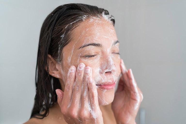 10 cách trị mụn Đầu Đen Ở mũi hiệu quả, không Đau