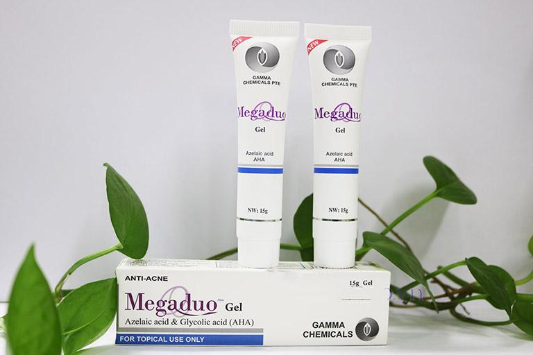 Kem Megaduo được rất nhiều người tận dụng giúp cải thiện tình trạng mụn trên da