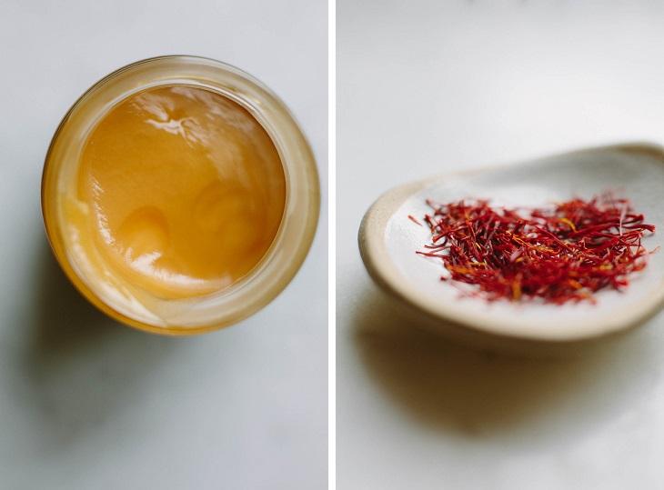 Cách làm mặt nạ saffron với mật ong trị mụn
