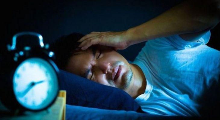 Mất ngủ chính là một trong những biểu hiện của bệnh