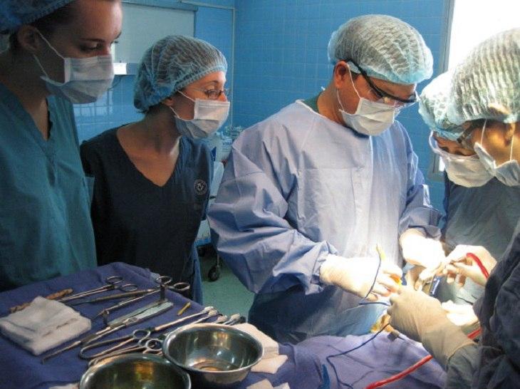 Cần thực hiện phẫu thuật nếu bệnh diễn biến nặng