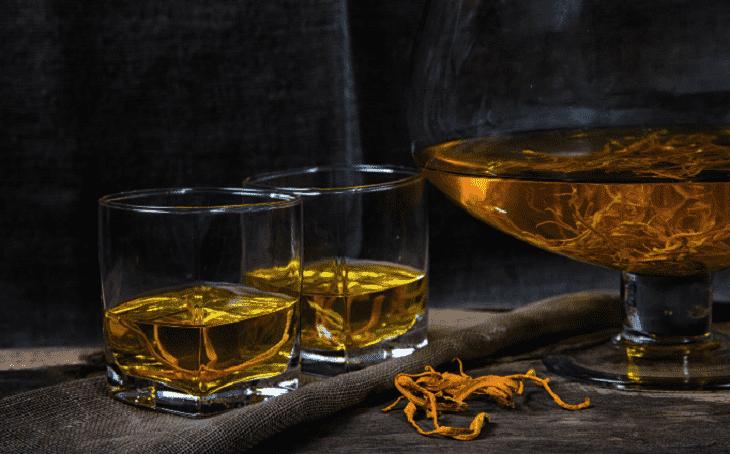 Phải biết cách ngâm rượu đông trùng hạ thảo với sâm để giữ được hàm lượng dưỡng chất