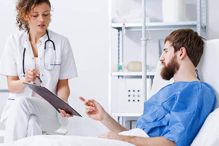 Chăm sóc sức khỏe đúng cách sau phẫu thuật là điều rất cần thiết để hạn chế phát sinh rủi ro