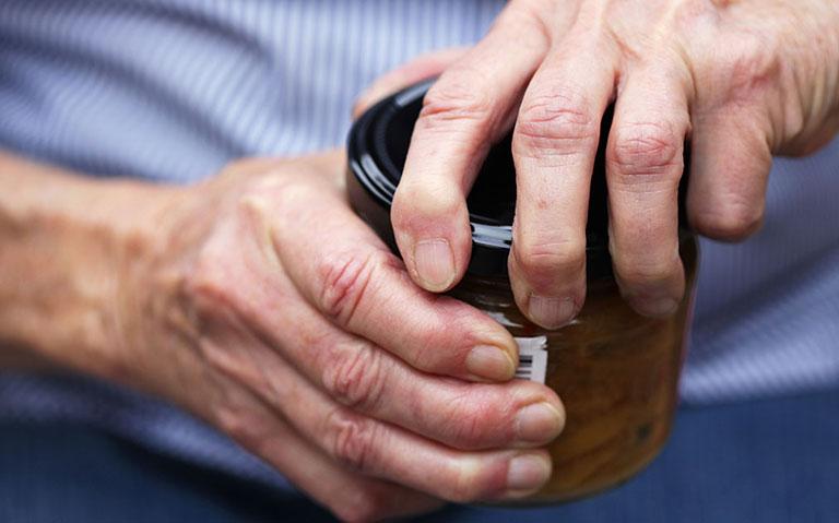 điều trị hạt dưới da trong viêm khớp dạng thấp