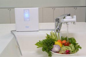 Trim Ion Hyper cho nước ion kiềm khử độc tố trên rau quả