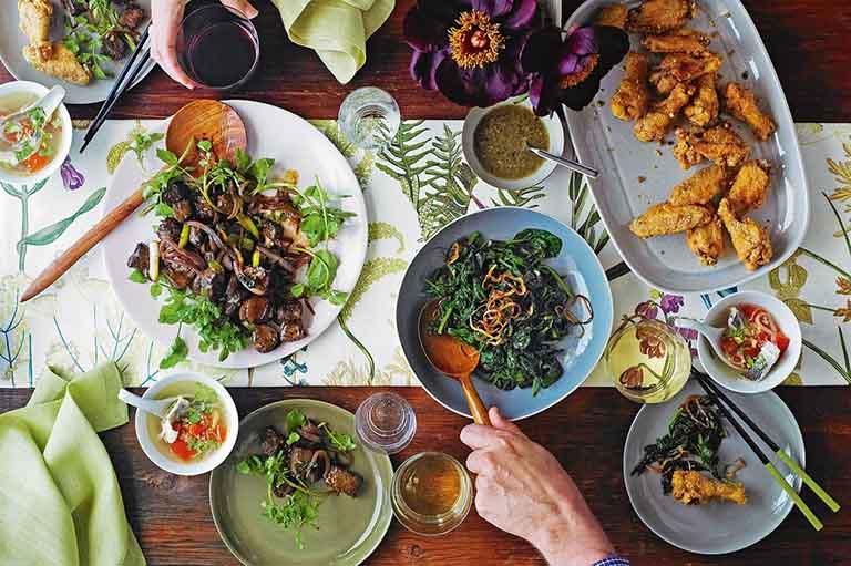 Cần đa dạng thực phẩm sử dụng trong bữa ăn hàng ngày để cung cấp đầy đủ dưỡng chất cho cơ thể