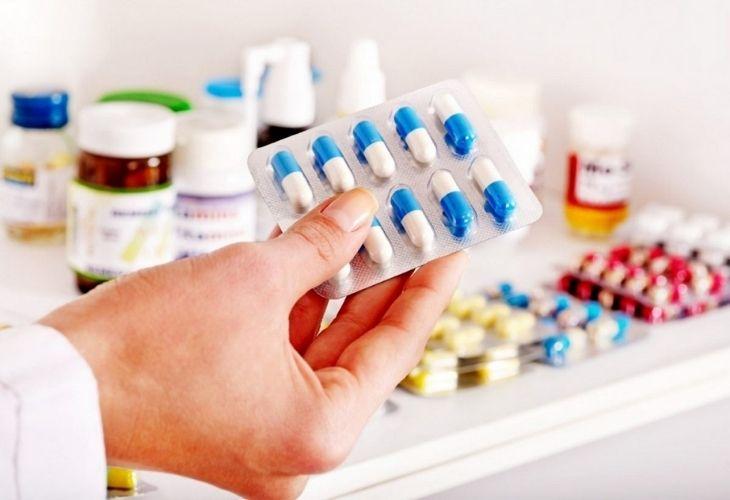 Sử dụng thuốc ức chế miễn dịch để điều trị bệnh viêm gan tự miễn