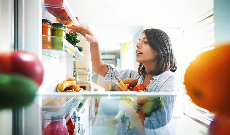 Người bị loãng xương nên ăn gì và không nên ăn gì để hỗ trợ điều trị bệnh