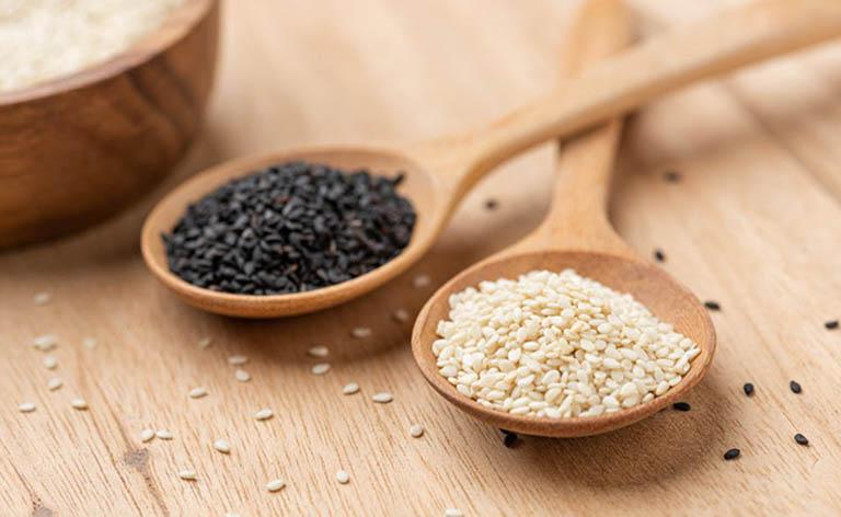 Loãng xương nên bổ sung hạt vừng vào trong thực đơn ăn uống hàng ngày
