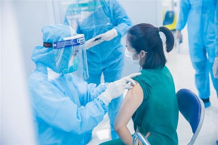 Cần nhận biết kịp thời các triệu chứng phản ứng nặng sau tiêm chủng