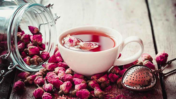 Bạn cũng có thể trồng hoa hồng ngay tại nhà để thu dược liệu làm trà