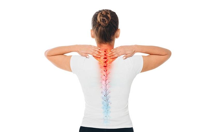 Khớp cổ và lưng là hai vị trí dễ bị thoái hóa gây ra nhiều triệu chứng đau nhức khó chịu